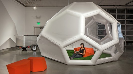 Small Portable Shelters : Pneumad portable shelter inflates in under a minute