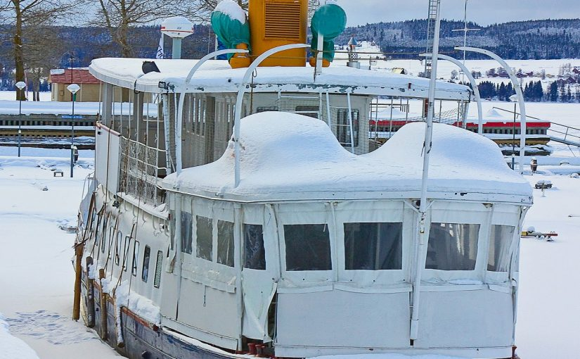 3 Tips For Preparing Your Boat For Winter Storage